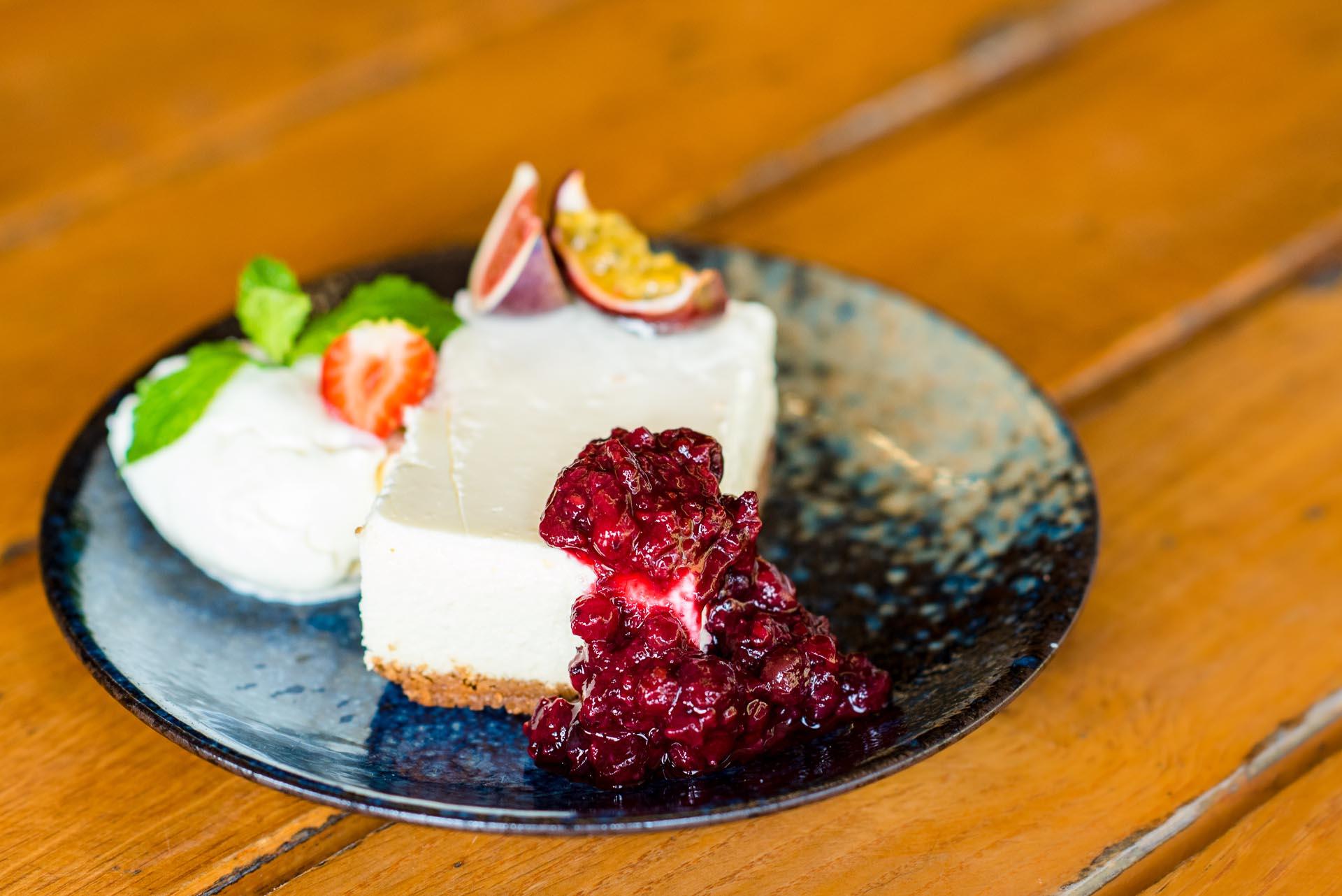 Fris taartje bij restaurant klimop ameland